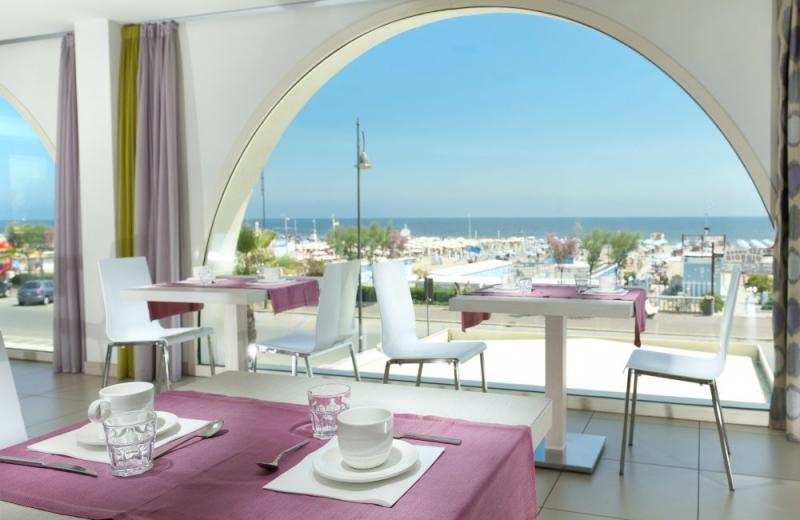 Hotel Sandra Rimini Rivazzurra