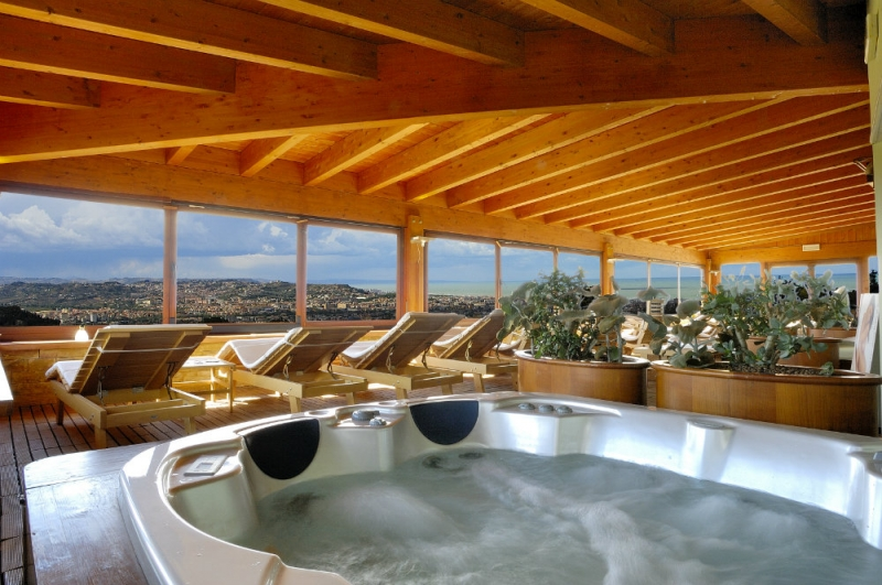Pescara Strand parc hotel villa immacolata pescara abruzzo daylighttour